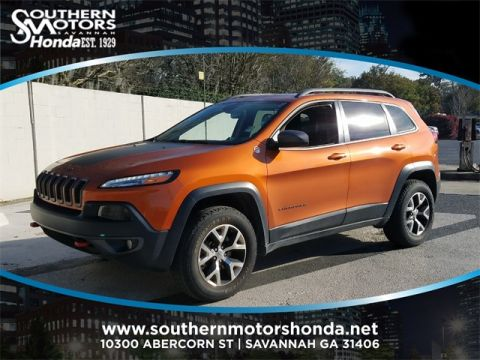 PRE-OWNED 2016 JEEP CHEROKEE TRAILHAWK 4WD