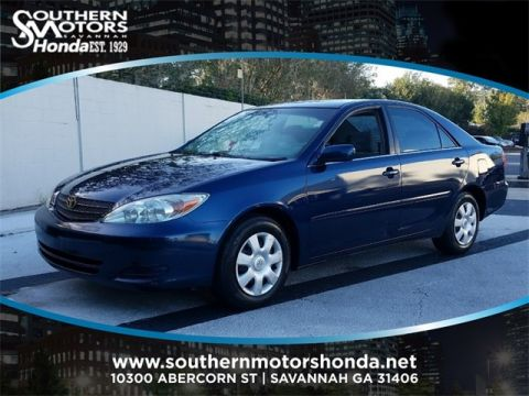 PRE-OWNED 2004 TOYOTA CAMRY LE FWD 4D SEDAN